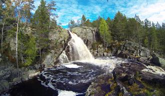 Dusanfossen waterfall
