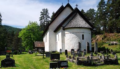Kviteseid old church