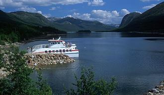Mountain cruise to Mogen with M/B Fjellvåken II